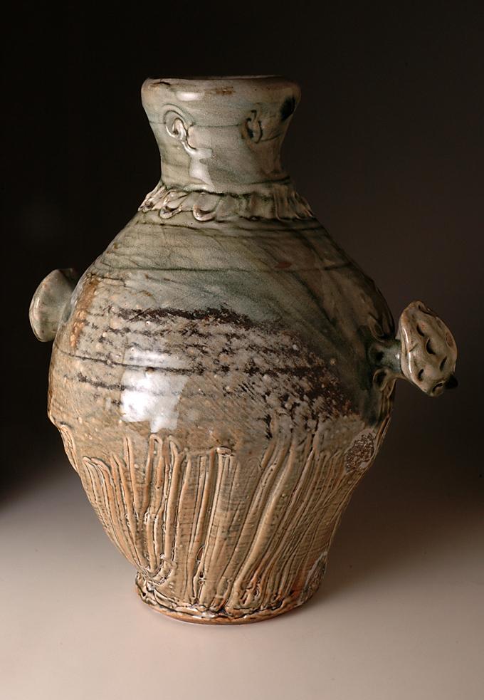 Rose-handled_jar,45cm