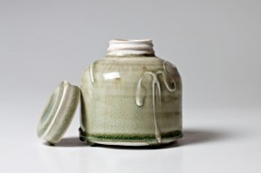 PatiaDavis_porcelain_screw-top_Jar
