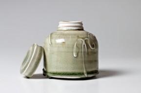 PatiaDavis_porcelain_screw-top_Jar